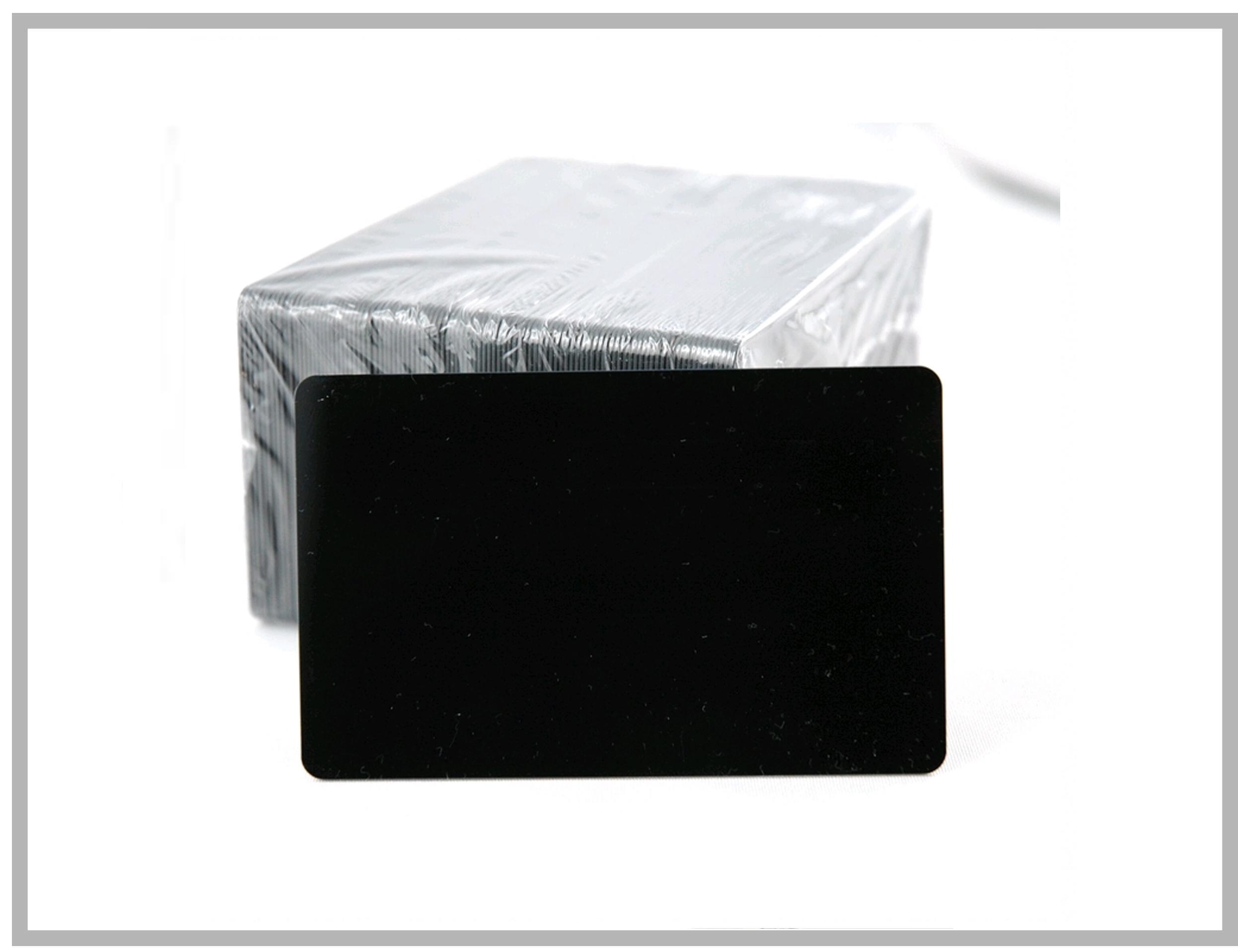 Badges PVC Noir Laminés